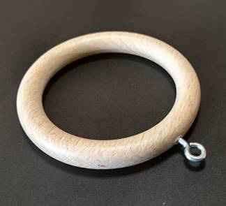 Деревянные кольца для круглых карнизов с металлическим ушком